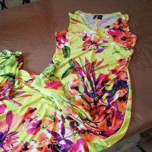 SALE: Summer tropical vaca dress M